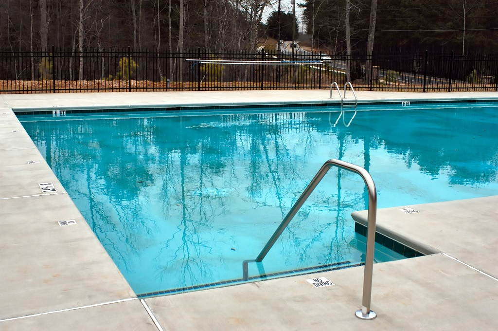 How to keep ducks out of pool in 4 practical steps apr 2019 - Duck repellent for swimming pools ...