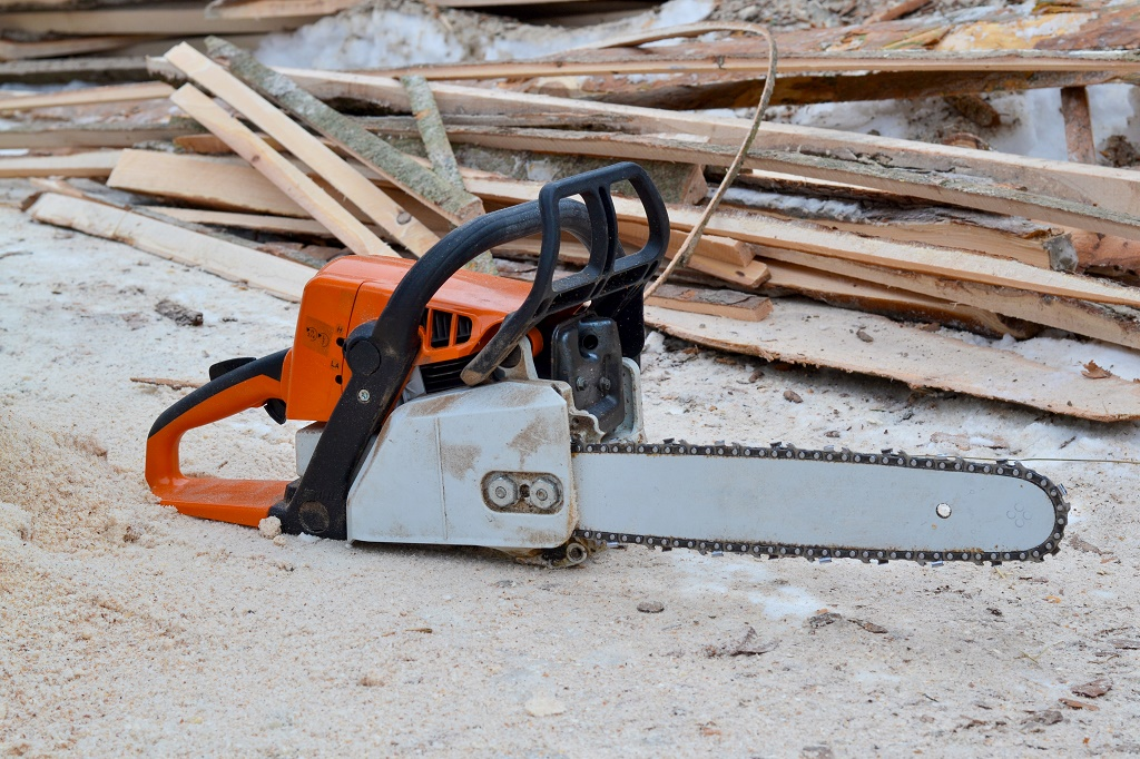 Echo vs stihl chainsaw which manufacturer should you pick feb picking a reliable and durable chainsaw is very important this is simply because many chainsaws cost a lot of money and you would not want to spend on greentooth Images