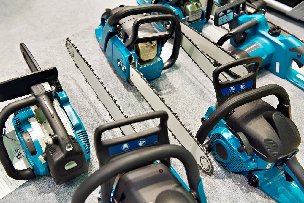 blue chainsaws in the store